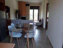 Rent Apartment Siviri, 389465