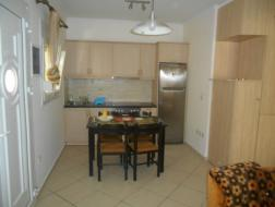 Rent Apartment Chios, 496003